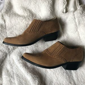 Dingo Ankle Booties
